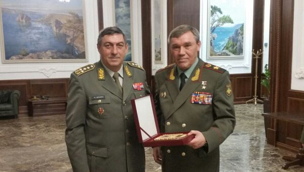 Генерали Љубиша Диковић и Валериј Герасимов - Sputnik Србија