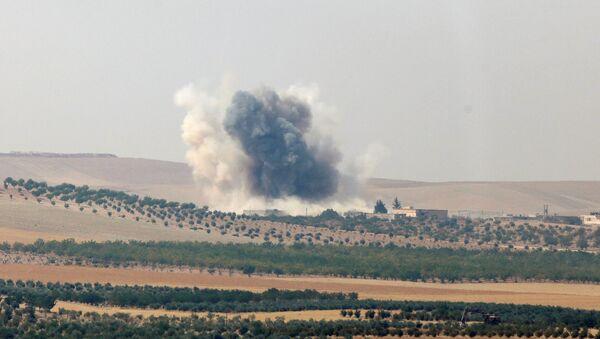 Турска војска бомбардује позиције ДАЕШ-а у Џараблусу - Sputnik Србија