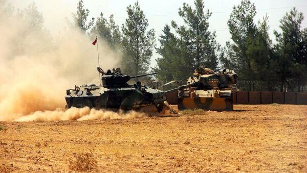 Турски тенкови на граници са Сиријом, 23. августа 2016 - Sputnik Србија