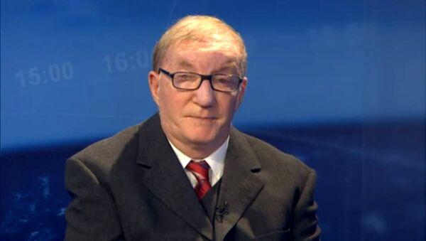 Емил Влајки је политички аналитичар, политички филозоф, доктор и професор политичких наука - Sputnik Србија