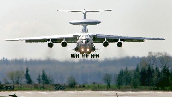 Руски авион за рано упозорење А-50 слеће на ваздухопловну базу у близини Минска - Sputnik Србија