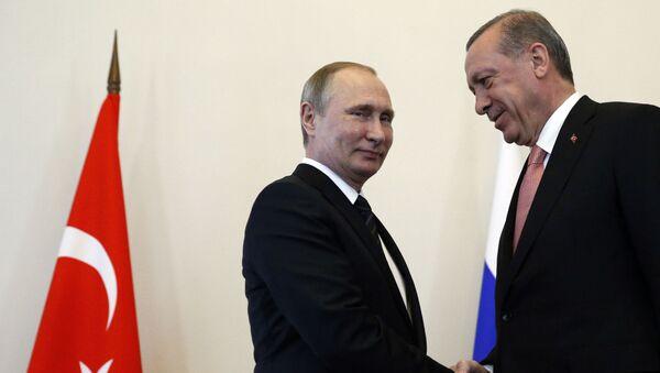 Predsednici Rusije i Turske Vladimir Putin i Redžep Tajip Erdogan - Sputnik Srbija