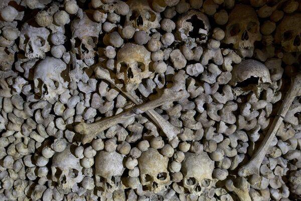 Париске катакомбе: Енигматично подземље француске престонице - Sputnik Србија
