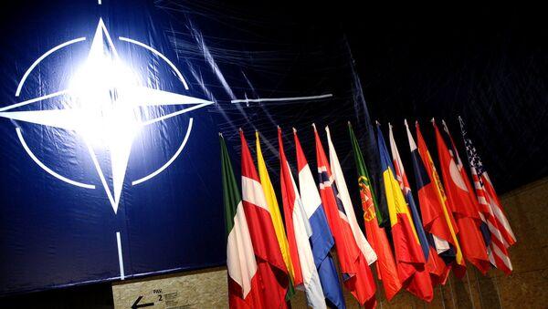 НАТО заставе - Sputnik Србија