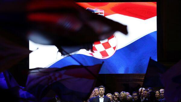 Завршни митинг ХДЗ-а пред изборе 11. 9. 2016. - Sputnik Србија