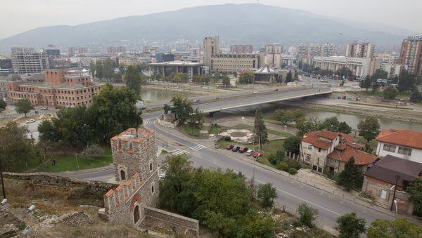 Pogled na reku Vardar u Skoplju - Sputnik Srbija