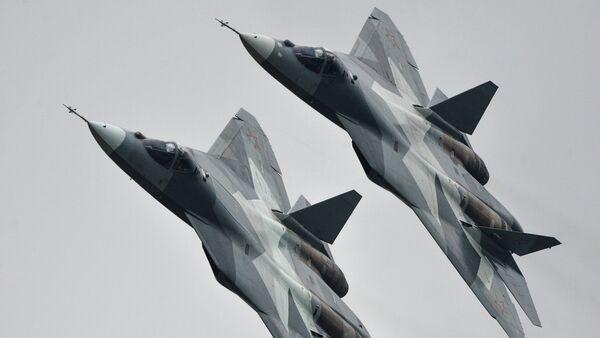 Авиони Т-50 на аеро-митингу МАКС-2013 у Жуковском - Sputnik Србија