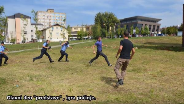 Sukob policije i studenata u Prištini. - Sputnik Srbija