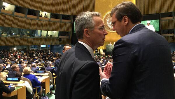 Generalni sekratar NATO-a Jens Stoltenberg i premijer Srbije Aleksandar Vučić  u UN - Sputnik Srbija