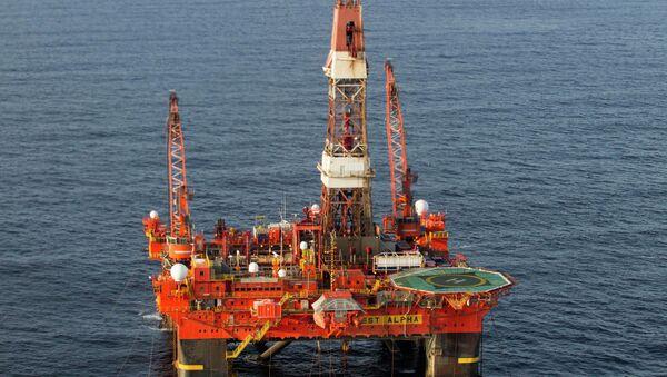 Нафтна платформа на Арктику - Sputnik Србија