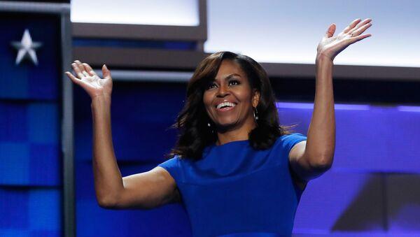 Мишел Обама на конвенцији Демократске партије САД. - Sputnik Србија