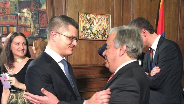 Vuk Jeremić i njegov glavni konkurent Antonio Gutereš na prijemu - Sputnik Srbija