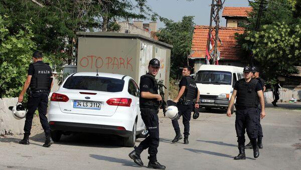 Турски полицајци патролирају у Анкари. - Sputnik Србија