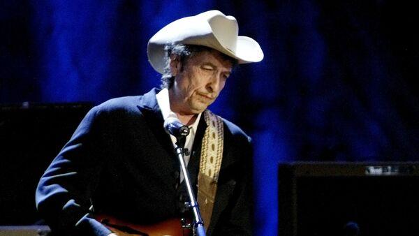 Рок музичар Боб Дилан током концерта у Лос Анђелесу - Sputnik Србија
