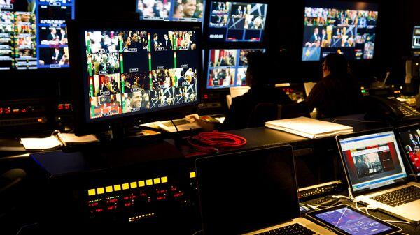 Kontrolna soba u televiziji - Sputnik Srbija