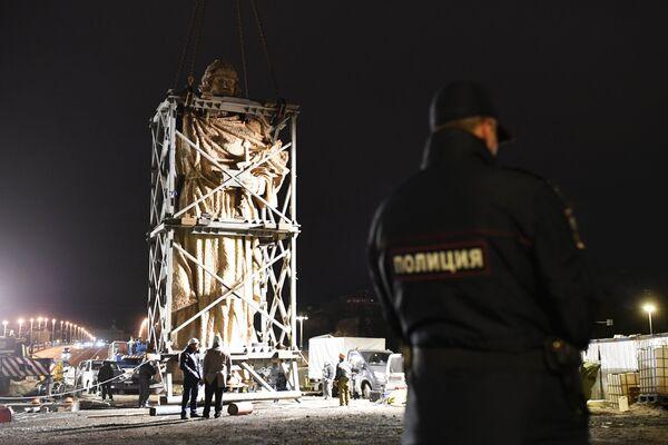 Knez Vladimir od 16 metara stigao u Moskvu - Sputnik Srbija