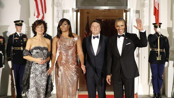 Predsednik SAD Barak Obama i prva dama Mišel Obama sa italijanskim premijerom Mateom Rencijem i njegovom suprugom Agnese Landini u Vašingtonu - Sputnik Srbija