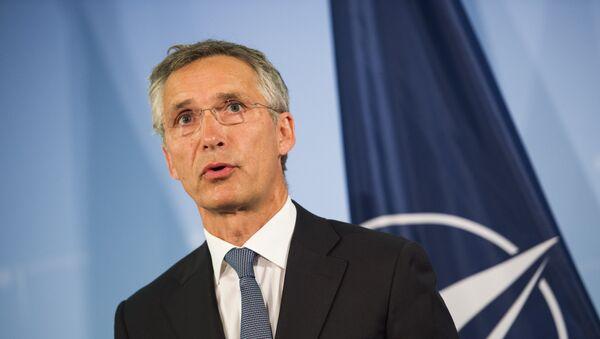 Generalni sekretar NATO-a Jens Stoltenberg na konferenciji za medije u Berlinu - Sputnik Srbija