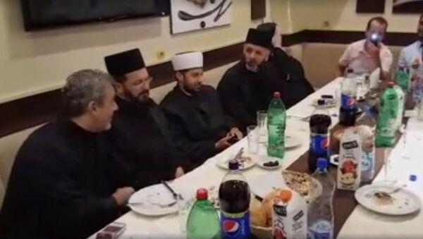 Popovi i odže - Sputnik Srbija