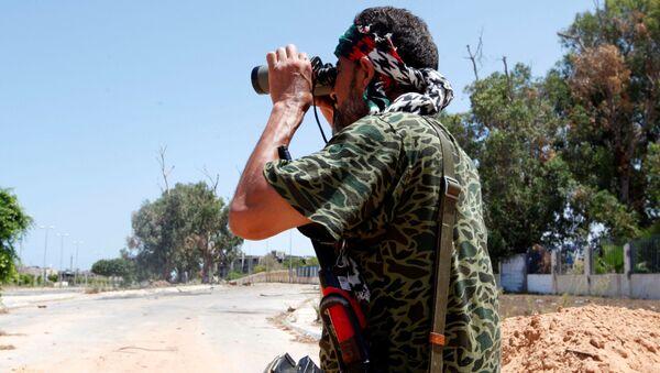 Libijski vojnik na ulicama grada Sirta, Libija - Sputnik Srbija