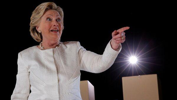 Амерички председнички кандидат Демократске партије Хилари Клинтон током митинга на Флориди - Sputnik Србија