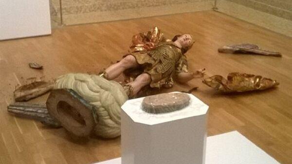 Сломљена скулптура Светог Архангела Михаила у Националном музеју античке уметности у Лисабону, престоници Португалије - Sputnik Србија