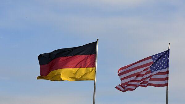 Zastave Nemačke i SAD  - Sputnik Srbija