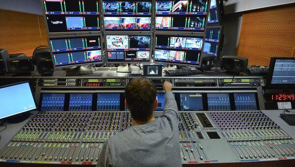 Montažer u televizijskom centru Ostakino u Moskvi - Sputnik Srbija