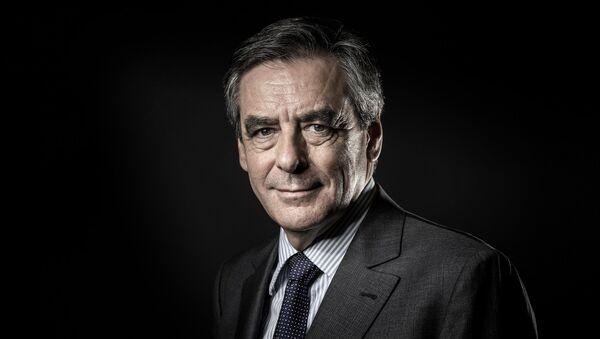Бивши француски премијер Франсоа Фијон - Sputnik Србија