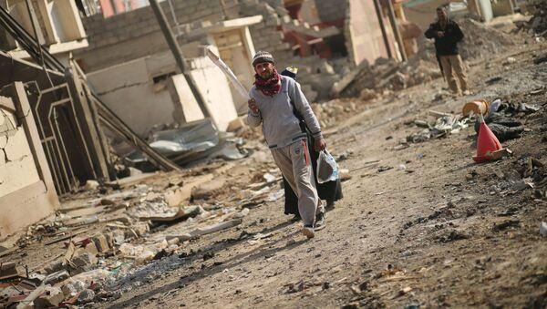 Razrušene kuće u Mosulu - Sputnik Srbija