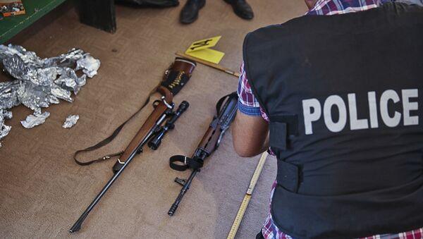 Policija i oružje - Sputnik Srbija