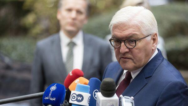 Ministar spoljnih poslova Nemačke Frank-Valter Štajnmajer obraća se medijima pre sastanka ministara spoljnih poslova EU u Briselu - Sputnik Srbija
