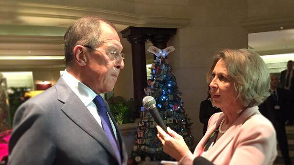 Ministar spoljnih poslava Sergej Lavrov razgovara sa glavnom urednicom Sputnjika Ljubinkom Miličić - Sputnik Srbija