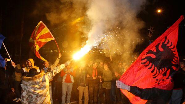 Присталице опозиције на митингу у Скопљу - Sputnik Србија