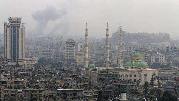 Dim se vije nakon napada na Alep - Sputnik Srbija