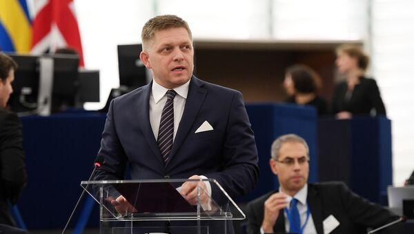 Словачки премијер Роберт Фицо говори на дебати у Европском парламенту у Стразбуру - Sputnik Србија