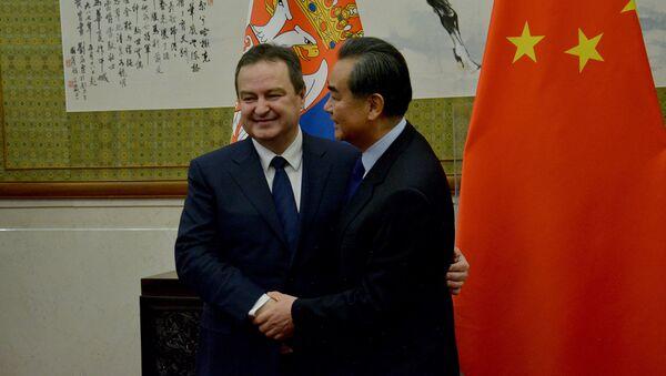 Prvi potpredsednik Vlade i ministar spoljnih poslova Republike Srbije Ivica Dačić u Pekingu i Vang Ji ministar spoljnih poslova Kine - Sputnik Srbija