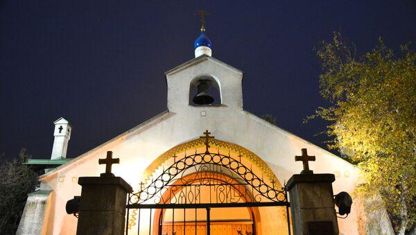 Храм Свете тројице названа и Руска црква у Београду за Ускрс - Sputnik Србија