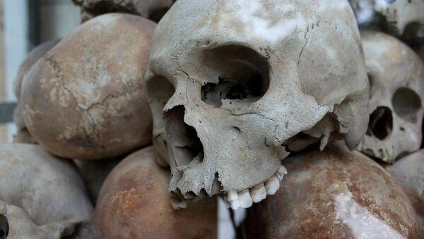 Masovna grobnica-ilustarcija - Sputnik Srbija