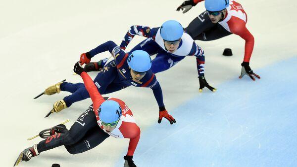 Такмичари у брзом клизању на Светском купу у Шангају - Sputnik Србија