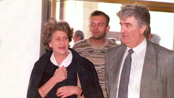Biljana Plavšić i Radovan Karadžić - arhivska fotografija - Sputnik Srbija