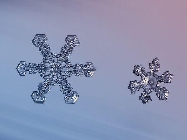 Крхко, јединствено, лепо: Мистерија снежних пахуљица - Sputnik Србија