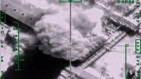 Vazdušni udari ruskih aviona po pozicijama DAEŠ-a u Siriji - Sputnik Srbija