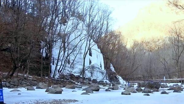 Залeђени водопад у Кини - Sputnik Србија