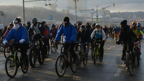 Druga zimska biciklistička trka u Moskvi - Sputnik Srbija