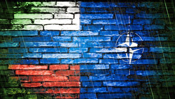 Zastave Rusije i NATO-a - Sputnik Srbija