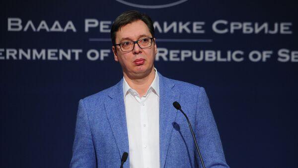 Premijer Srbije Aleksandar Vučić govori na vanrednoj konferenciji za medije povodom situacije na Kosmetu. - Sputnik Srbija