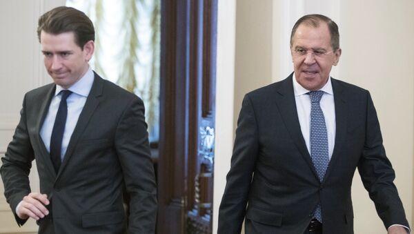 Министар спољних послова Аустрије Себастијан Курц и министар спољних послова Русије Сергеј Лавров долазе на састанак у Москви - Sputnik Србија