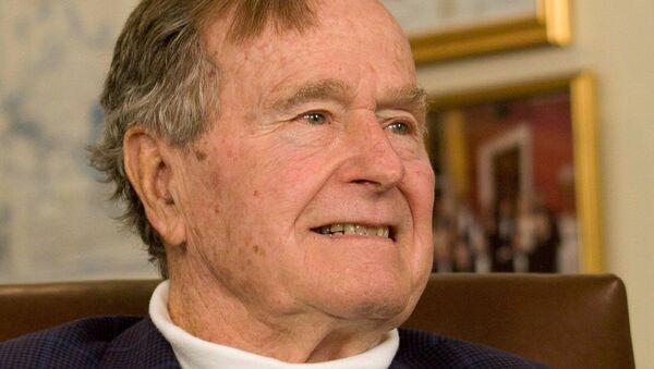 Bivši američki predsednik Džordž Buš Stariji u Hjustonu - Sputnik Srbija