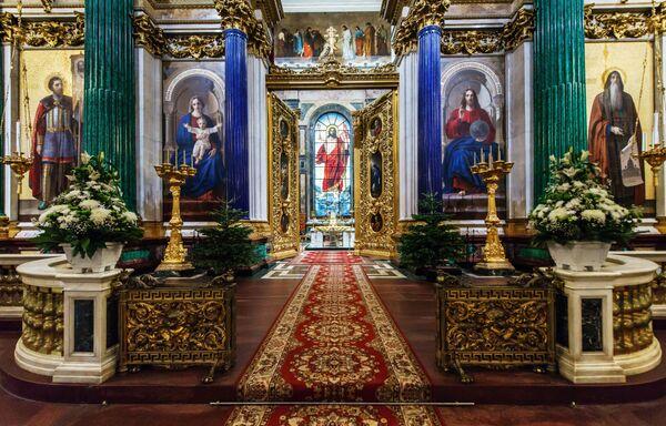 Храм са библијским именом: Величина и раскош Исакијевске цркве - Sputnik Србија